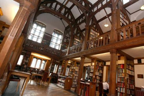 Courses at Gladstone's Library